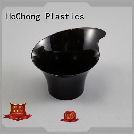 available disposable plastic cups with lids fit your needs for family gathering