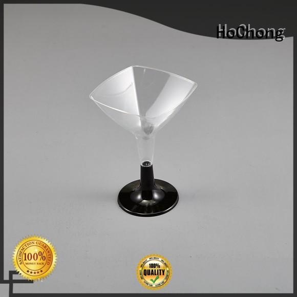 HoChong supplies disposable party glasses with different shapes for outdoor party